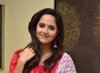 Anchor anasuya latest hot pics