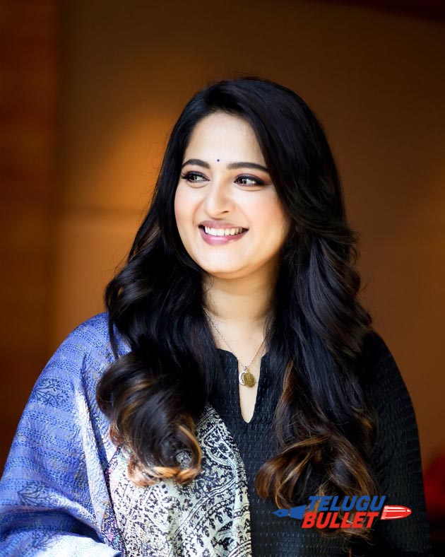 Actress Anushka Shetty latest Photos