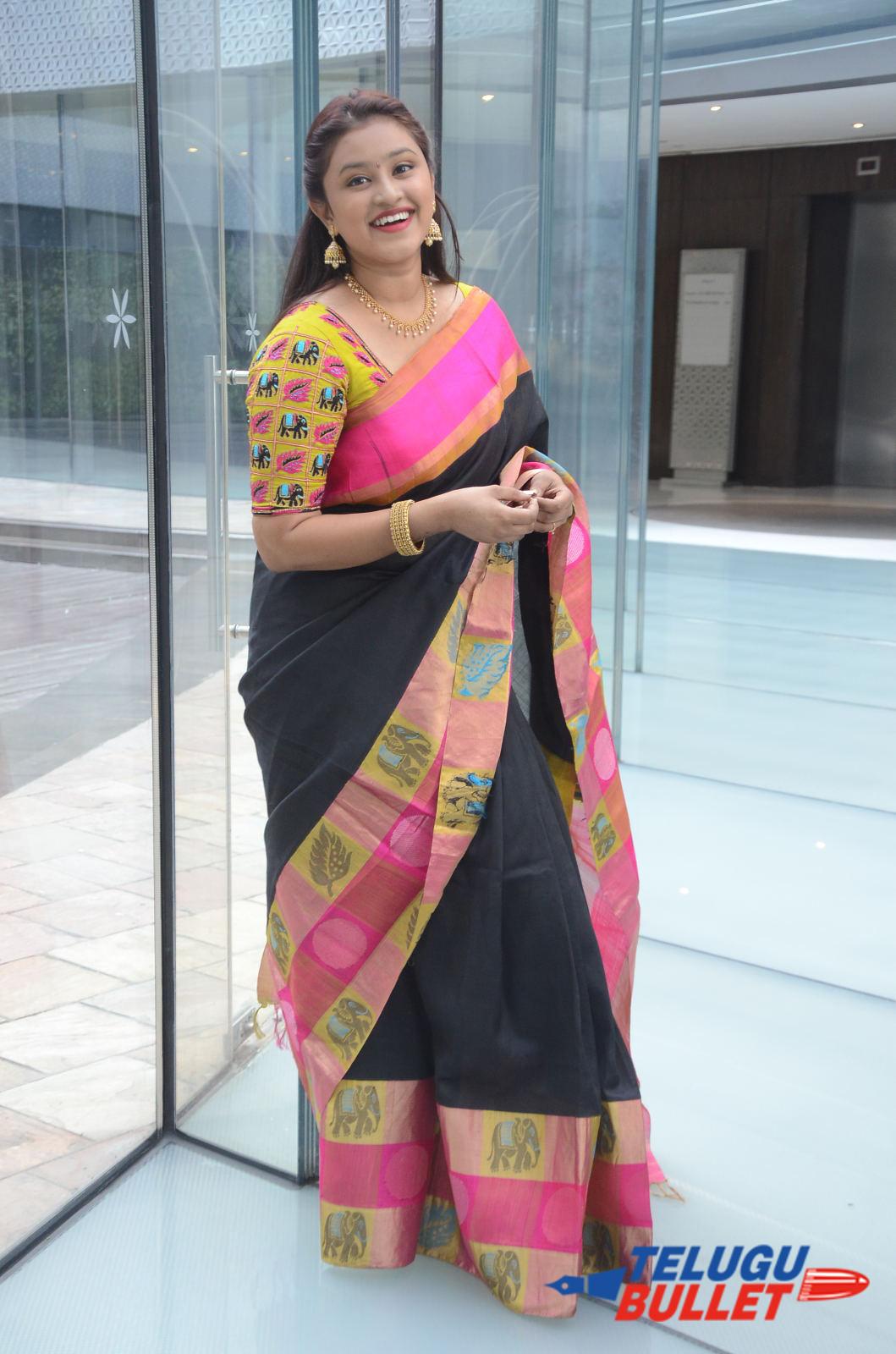 Actress Priya Krishna Saree Stills1