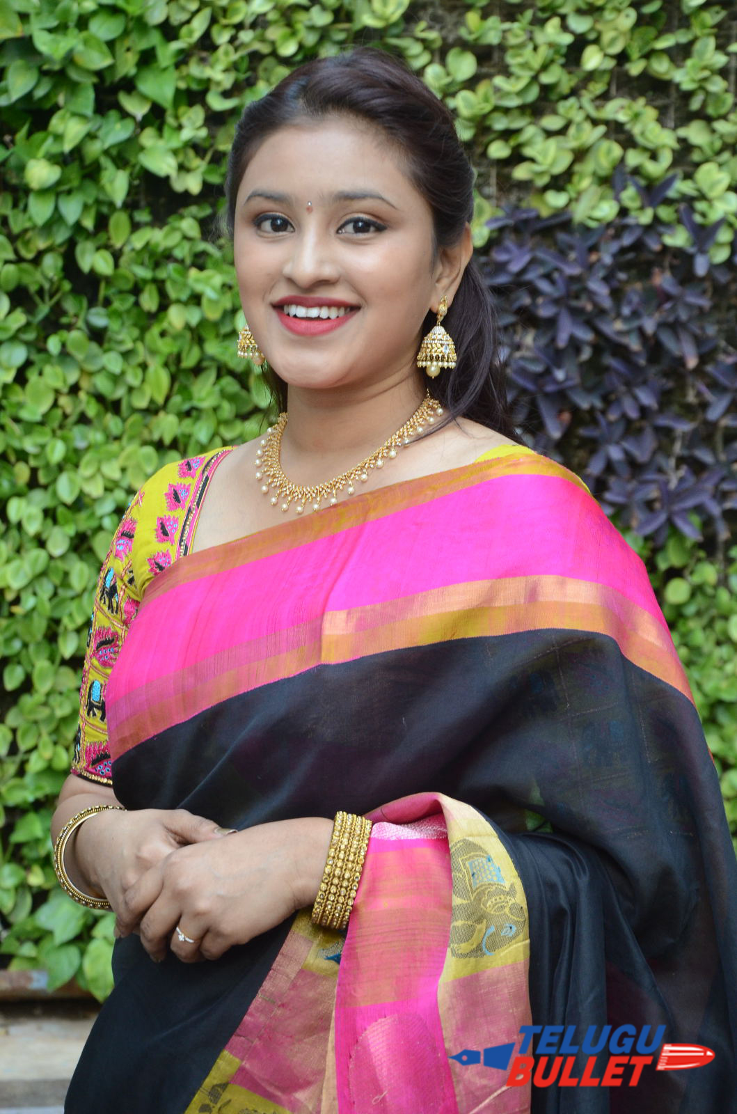 Actress Priya Krishna Saree Stills11