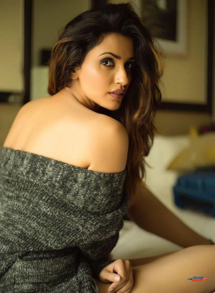 Akshara Gowda Latest Photos1