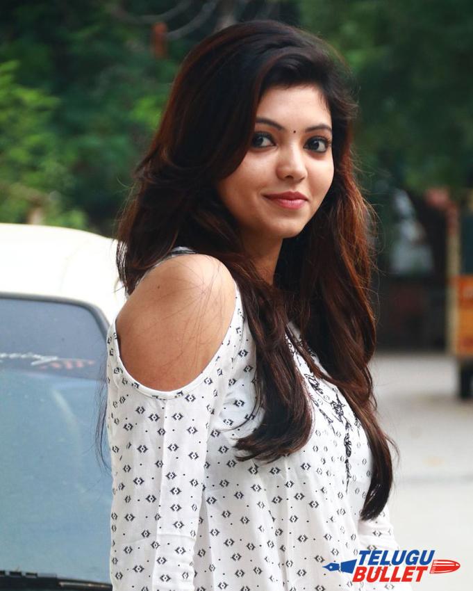 Athulya Ravi Latest Photos1