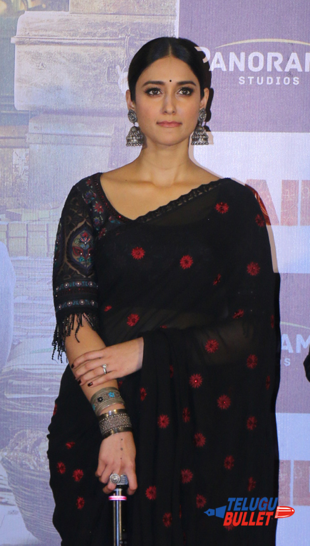 Ileana In Black Saree Latest Stills1
