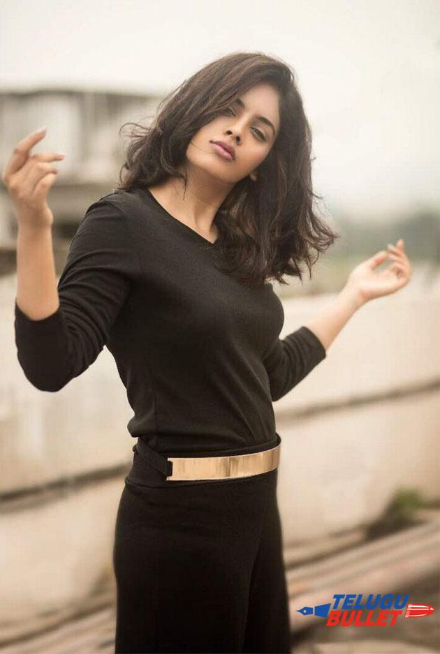 Nanditha Swetha Latest Photo Shoot13