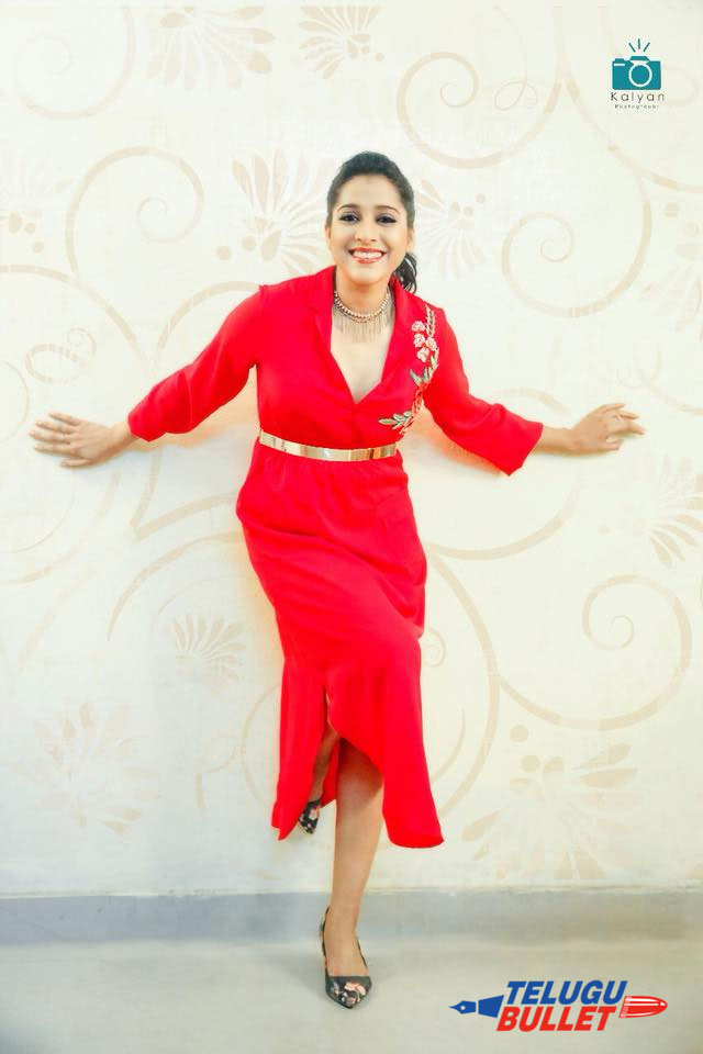 rashmi gautam latest pics