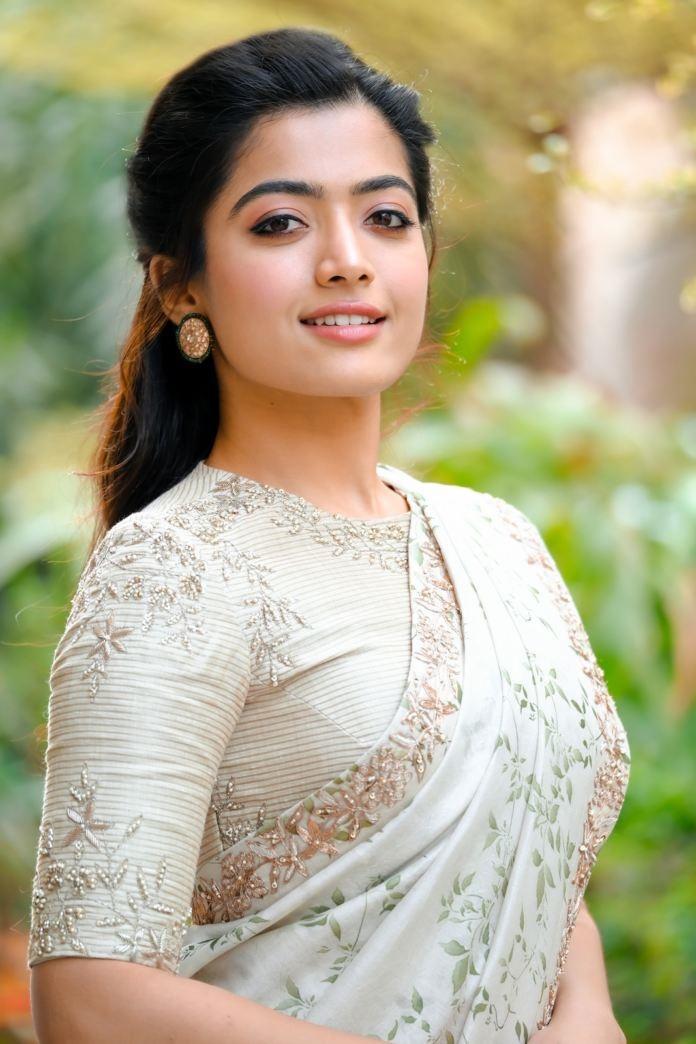 Rashmika Mandanna New Hot Photos in White Saree