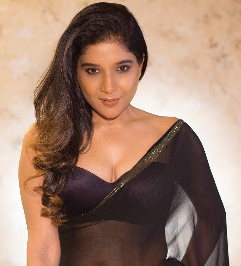Sakshi-Agarwal-Hot-Photos-In-Transparent-Saree-1