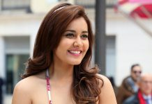 raasi khanna hot stills