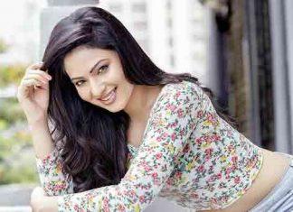 Heroine-Nikesha-Patel--Late